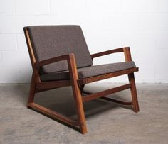 Isao Chair Photo by Julie Langenegger Lachance
