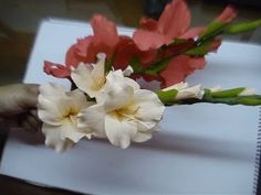 Paper Flower Gladioli / Glads / Gladiolus - YouTube