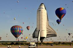 The Strangest Hot-Air Balloons To Ever Grace The Skies #spaceshuttle