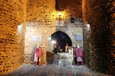 Presépio de Rua com figuras em tamanho real regressa à vila medieval de Monsaraz   Portal Elvasnews