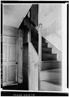 5 x 7 in. Early American Decorating, Caldwell House, Stair Landing, Essex County, Colonial Kitchen, Stair Steps, Southern Gothic, Stairway To Heaven, Architectural Features