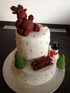Christmas cake, snowmab, reindear, two tier cake