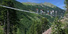 Erlebe die Urlaubsregion Schladming-Dachstein und entdecke zahlreiche Events, Aktivitäten & Unterkünfte in Schladming & Umgebung! #schladming Heart Of Europe, Wilde, Mountains, Nature, Travel, Events, Hiking Trails, Day Trips, Tourism