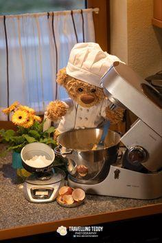 Teddy Bear Hug, Teddy Bear Party, Teddy Bears, Love Bear, Cake Decorating, Decorating Ideas, Dental, Cartoons, Aesthetic Bedroom