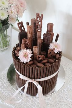 Incredible Chocolate Mud Cake Decorating Ideas with regard to Chocolate Bouquet& Cake. Mudcake Decorated With Wafers And Image Chocolate Bonbon, Chocolate Mud Cake, Chocolate Bouquet, Chocolate Dipped, Food Cakes, Cupcake Cakes, Bolo Cake, Chocolate Decorations, Novelty Cakes