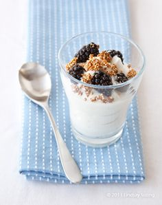 Jillian Michaels MYM Greek Yogurt Cup with Quinoa Crunch & Berries