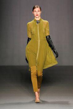 Dorothee Schumacher Fall 2013 Ready-to-Wear Collection Photos - Vogue