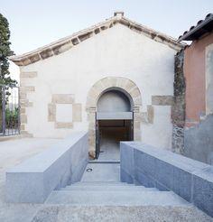 Gallery of Ermita del Santo Sepulcro Rehabilitation / Héctor Fernández Elorza + Manuel Fernández Ramírez - 5