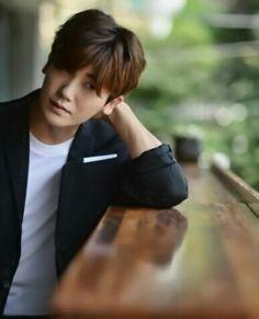 park hyungsik Park Hyung Sik, Korean Drama Movies, Korean Actors, Cute Korean, Korean Men, Strong Girls, Strong Women, Dramas, Park Bo Young