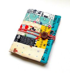 Tutorial: organizer with pockets. Great use of scraps. Shows how to sew/quilt directly onto batting. For gifts?