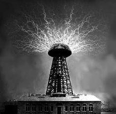 "ENTREVISTA A GORKA E. ARGUL: Autor de ""La llave de la eternidad"" ~ El Aventurero de Papel Nuclear Energy, Nuclear Power, Nikola Tesla, Steam Punk Room, Tesla Inventions, Child Of The Universe, Universe Images, Nuclear Reactor, Electrical Energy"