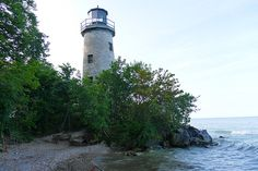 I've lived in Ontario for several years, but I had never ventured to its tip, Pelee Island, located just north of Middle Island, Canada's southern tip. Middle Island, Ontario Travel, Weekend Getaways, Lighthouse, Toronto, Canada, Outdoors, Bell Rock Lighthouse, Light House