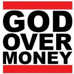Christian Rapper Bizzle Chooses God Over Money | Praise 102.7