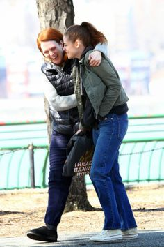 Kristen & Julianne Moore on the set of Still Alice.