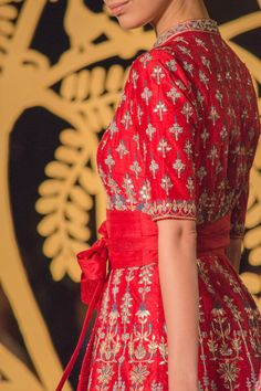 Anita Dongre Couture 2017 + What I Wore - HeadTilt Indian Wedding Outfits, Indian Outfits, Indian Attire, Indian Wear, Embroidery Suits Punjabi, Indian Bridal Sarees, Bridal Lehenga, Casual Couture, Anita Dongre