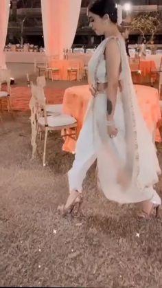 Indian Bridesmaid Dresses, Desi Wedding Dresses, Party Wear Indian Dresses, Indian Fashion Dresses, Indian Designer Outfits, Beautiful Dress Designs, Stylish Dress Designs, Stunning Dresses, Velvet Dress Designs