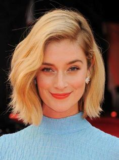 Our favorite celebrities with short haircuts  Celebrity Short Haircuts Celebrity Short Haircuts, Short Layered Haircuts, Short Hair Cuts, Hair Styles 2014, Medium Hair Styles, Short Hair Styles, Hair Medium, Edgy Bob Hairstyles, 2014 Hairstyles
