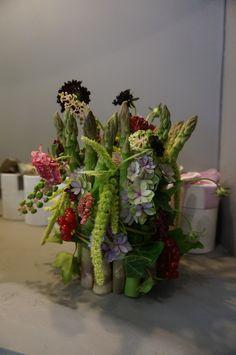 vegetables vase