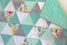 Sommer-Fields Dreieck Steppdecke Baby Quilt von mysweetmerrimint