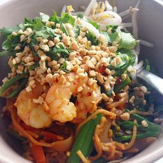 """""""#iqs8wp Pad Thai! This was so delicious and so much healthier than the traditional version with heaps of fresh veggies and a sugar free sauce. #iqs…"""""""