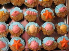 baby shower cupcakes @Megan Blaisdell
