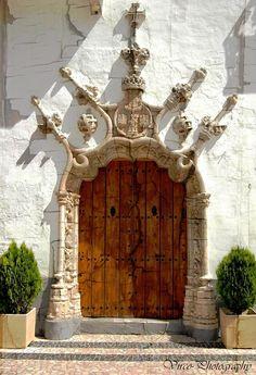 Porta em estilo manuelino... em Olivença - PORTUGAL