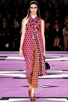 Remember when you mixed colors and prints when you were little? Bet it didn't look this chic-y!   Geometric print at Prada AW12