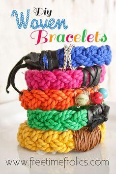 Woven Bracelets at freetimefrolics.com HECHAS CON CORDÓN