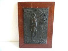Antikes Bronzerelief einer Aktdarstellung um 1900 von Bruno F.E. Kruse (1855/RR)