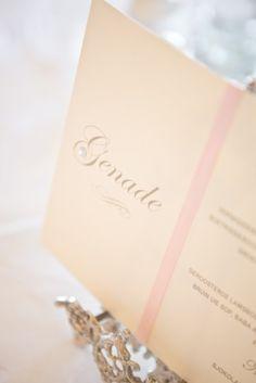 Tafel nommers Place Cards, Place Card Holders, Wedding Ideas, Vintage, Vintage Comics, Wedding Ceremony Ideas, Primitive
