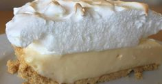 Lemon pie with maria biscuits Delicious Desserts, Dessert Recipes, Yummy Food, Cooking Time, Cooking Recipes, Pie Cake, Cakes And More, Love Food, Cheesecakes