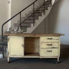 Industrie Design Arbeitstisch: industriale Küche von wunderkammershop