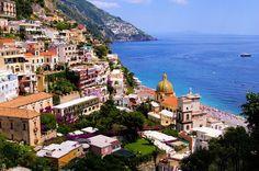 Positano - een kleurrijk palet op de rotsen aan de Amalfikust