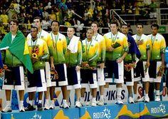Seleção masculina de basquete recebe a medalha de ouro na Arena Multiuso no Pan de 2007