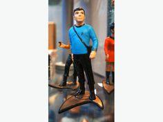 "Star Trek: Original Series Dr. McCoy ""Bones"" Figurine (Small) (190324-14)"