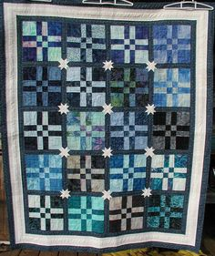 Disappearing 9-patch OR disappearing 4-patch with star-sashing