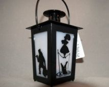 Haunted Mansion Inspired LED Lantern Fish Extender Gift Disney Cruise Line DCL Halloween Party Favor Birthday Haunted Mansion Decor, Haunted Mansion Halloween, Disney Halloween, Holidays Halloween, Halloween Diy, Disney Home Decor, Disney Diy, Disney Crafts, Halloween Party Favors