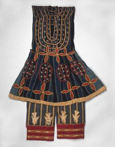 Africa | Robe (Kansawu) and Trousers, from 3 Piece Royal or Noble Costume, from the Fon people of Abomey, Benin |  late 19th century. |  Cotton, silk