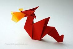 Make an origami Dragon and many other whimsical and classic origami figures. Easy video tutorial to make a quick paper dragon. Easy Origami Dragon, Origami Easy, Money Origami, Origami Paper, Oragami, Origami Instructions, Japanese Dragon, Fire Dragon, Paper Folding