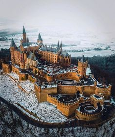 Hohenzollern Castle, Germany: Still owned by the modern heirs to the house of Ho. by A Magical World Architecture Antique, Beautiful Architecture, Beautiful Castles, Beautiful Buildings, Germany Castles, Reisen In Europa, Fantasy Castle, Beautiful Places To Travel, Medieval Castle