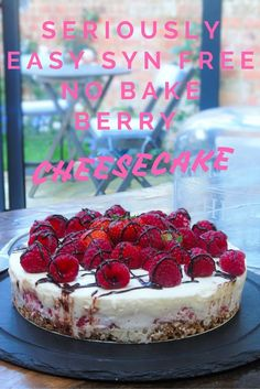 Slimming Seriously Easy Syn Free No Bake Berry Cheesecake! Slimming World Recipe! Basement Bakehouse - Syn Free - Healthy Extra B - Healthy Extra A - Completely syn free creamy cheesecake! Slimming World Cheesecake, Slimming World Deserts, Slimming World Puddings, Slimming World Recipes Syn Free, Slimming World Diet, Slimming World Taster Ideas, Slimming Eats, Syn Free Desserts, Syn Free Snacks