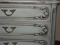 awesome website about refinishing and painting furniture