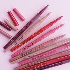 Lipsticks: Long-Lasting Lipstick Colors - Too Faced Kiss Makeup, Glam Makeup, Love Makeup, Eyeshadow Makeup, Blush Makeup, Makeup Inspo, Makeup Cosmetics, Makeup Ideas, Makeup Is Life