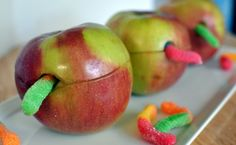 Manzanas con gusano