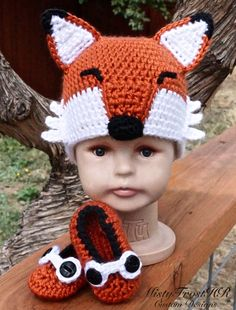 Dress your newborn in this cute fox hat & matching shoes! This outfit is perfect for those first pictures or even a baby shower gift. Who wouldn't love to get a hat like this? Order yours today in the