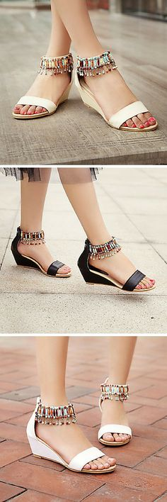 These will look amazing with all of your breezy dresses. Such a statement! Fall Wedges, Beaded Sandals, Boot Socks, Autumn Summer, Types Of Shoes, Boho Style, Wedge Heels, Vintage Dresses, Boho Fashion