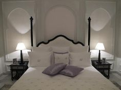 omg (as my daughter would say!) Josephine Baker would have loved this bed I am sure. www.marrakech-riad.co.uk