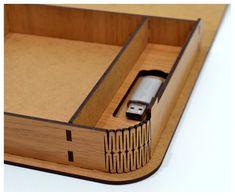 Gracias por visitar nuestra tienda. Para la venta es USB foto caja (sólo para el modelo de vector corte láser). Conjunto de 2 patrones (diseño Vertical, diseño de Нorizontal): Crear de madera contrachapada de 3,2 mm (1/8 pulgadas.) - modelo de vectores de corte del Laser Producto