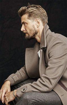 winter style // peacoat, grey pants, winter coat