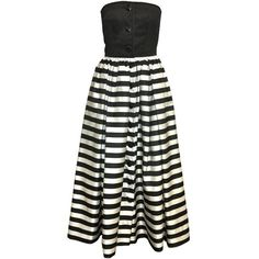 Preowned Valentino Black And White Striped Gown (1.520 BRL) ❤ liked on Polyvore featuring dresses, gowns, ball gowns, white, white dress, black white striped dress, white ball gowns, white evening dresses and black and white stripe dress